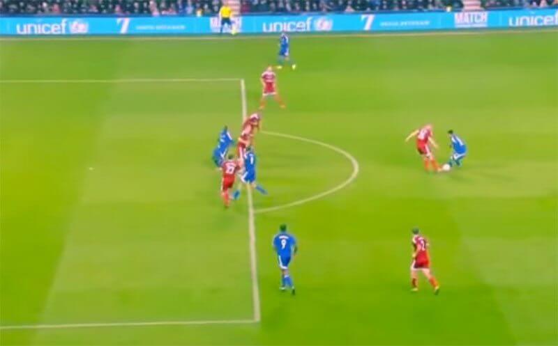 Heerlijk een-tweetje tussen Kluivert en Ronaldinho