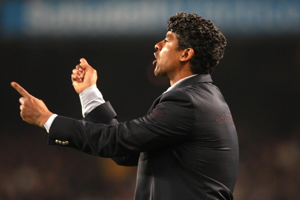 'Rijkaard kan aan de slag bij Spaanse topclub'