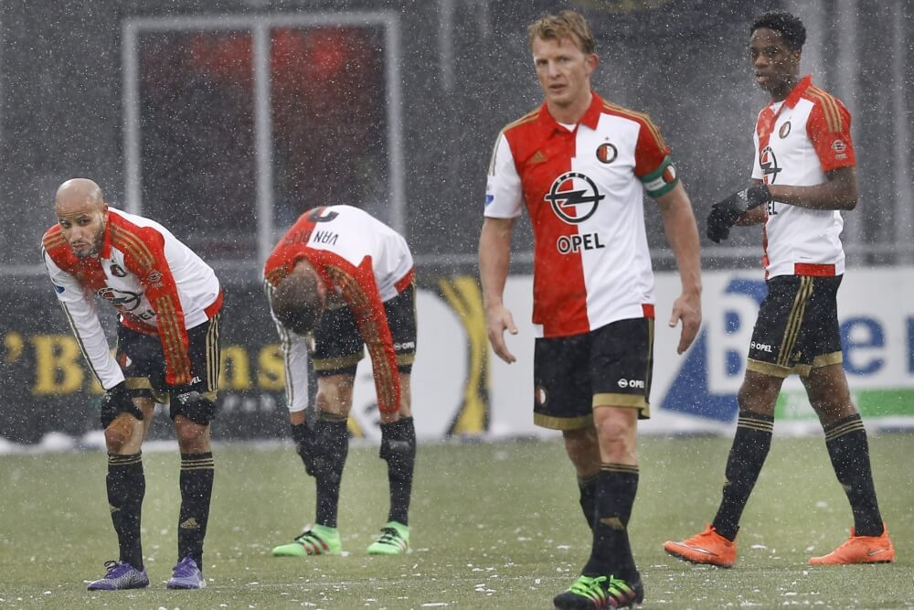 Feyenoord onder degradatiestreep in 2016
