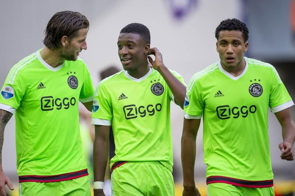 'Ajax-verdediger in belangstelling van Engelse clubs'