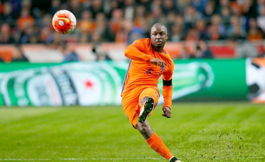 Topclub bekeek Willems tegen Frankrijk