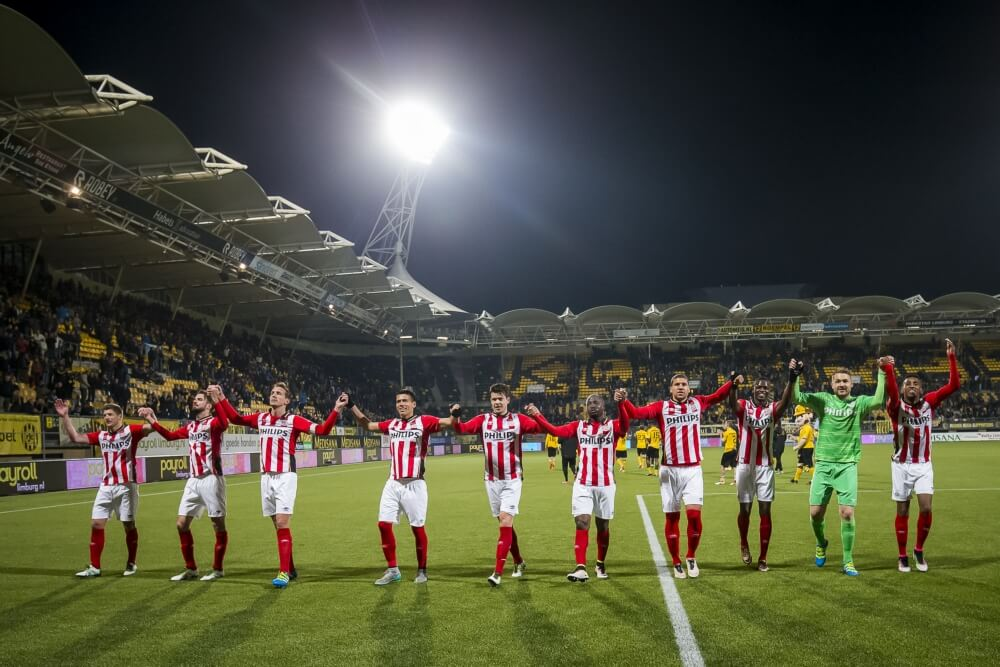 PSV reageert op blunder Makkelie