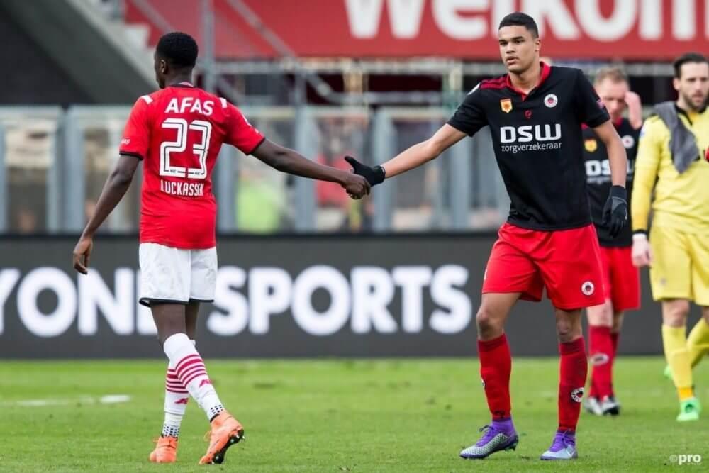 Ajax bevestigt komst Doekhi