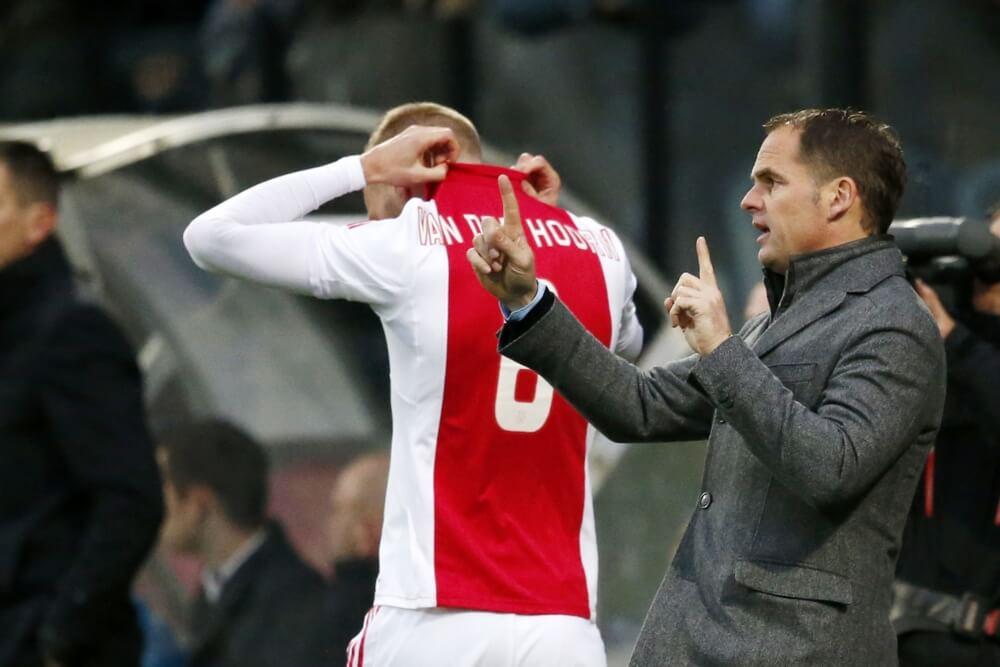 Ajax wint laatste duel onder Frank de Boer
