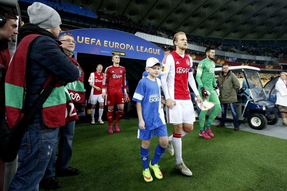 Voormalig Ajax-aanvoerder wil 'juiste stap' maken