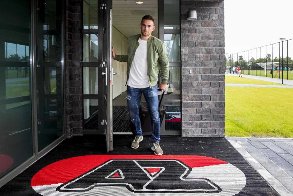 'AZ en Spurs akkoord over Janssen'
