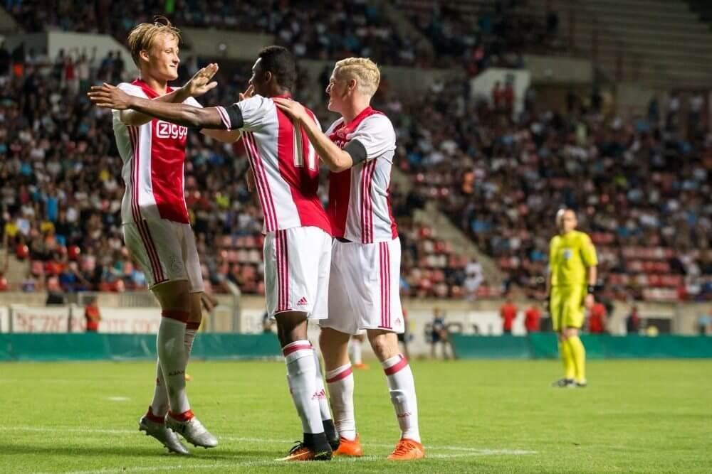 """""""Hij is op dit moment Ajax' beste spits"""""""