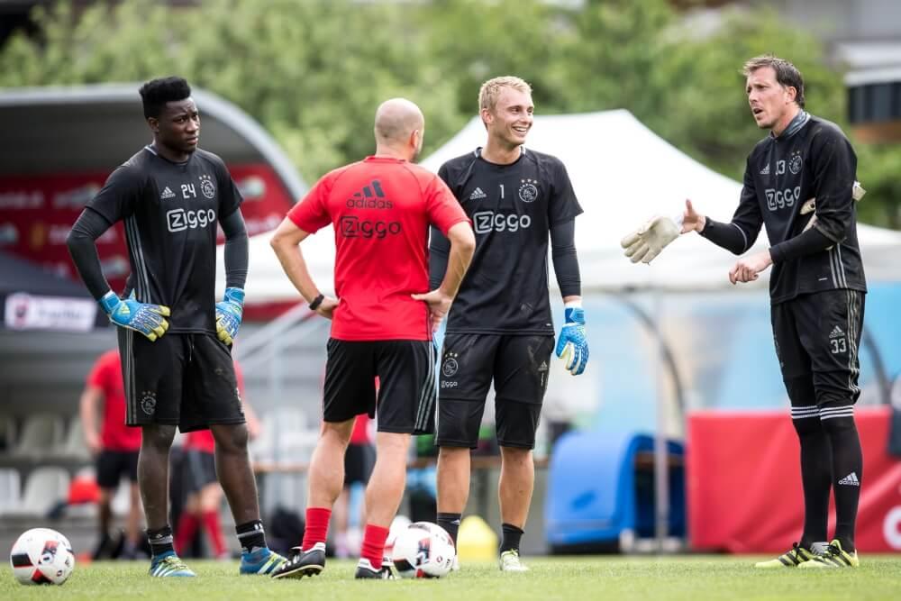 Ajax lijkt doelman voor Champions League-duel te verklappen