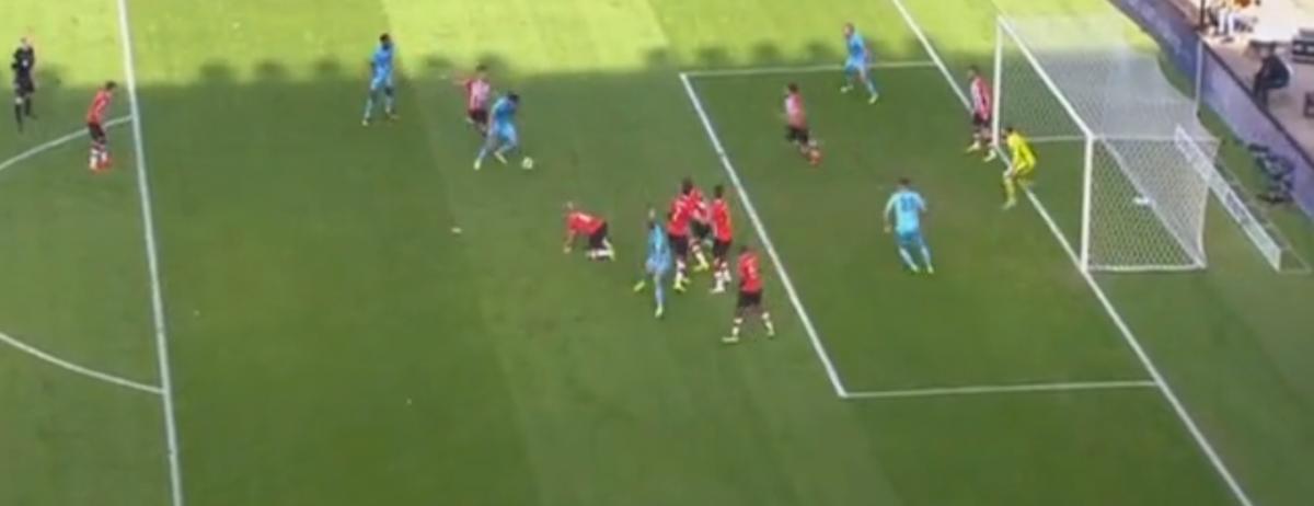 Botteghin zet Feyenoord op voorsprong tegen PSV