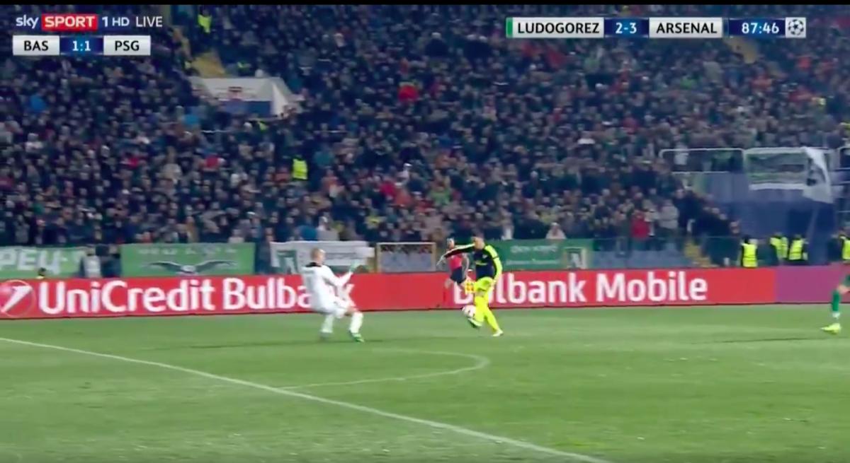 Prachtige goal Özil