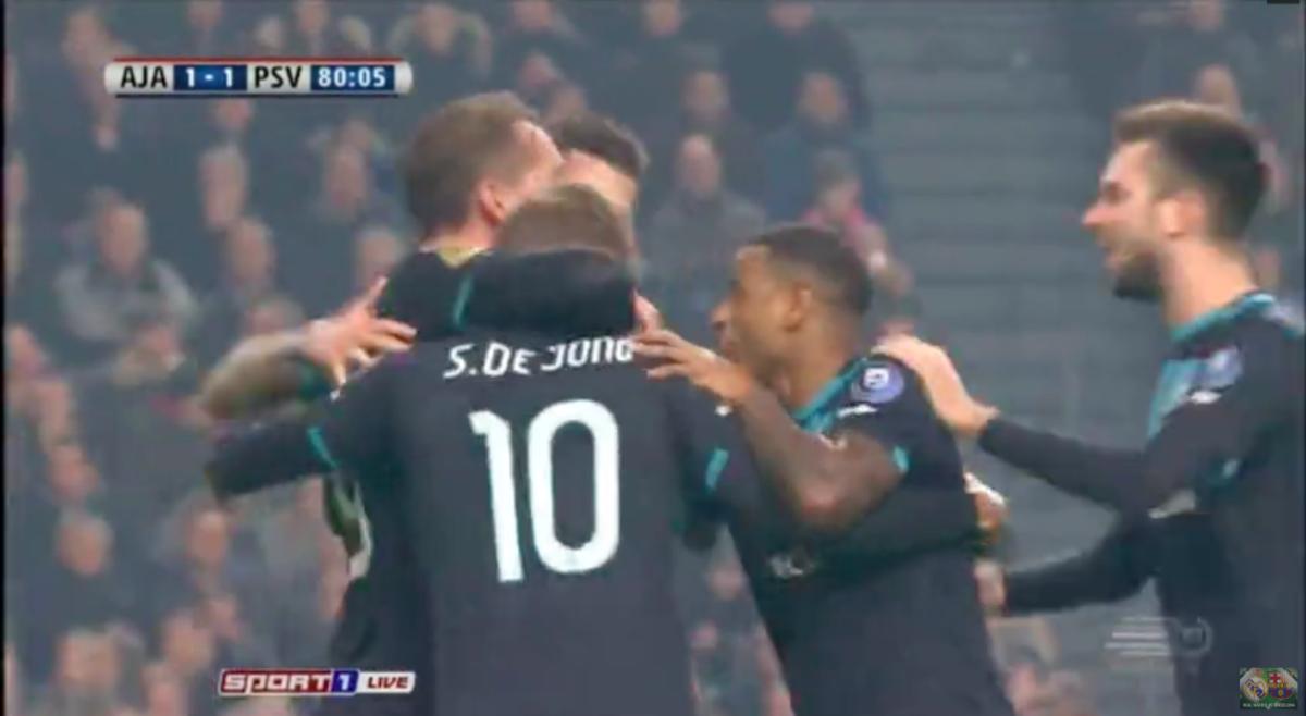 De Jong doet Ajax pijn