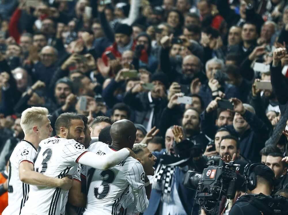 Update: Dodental aanslag Besiktas-stadion loopt op tot 38
