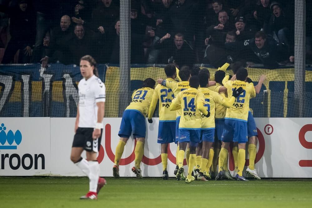 Samenvatting Fc Utrecht Sc Cambuur 2 2 Voetbalblog
