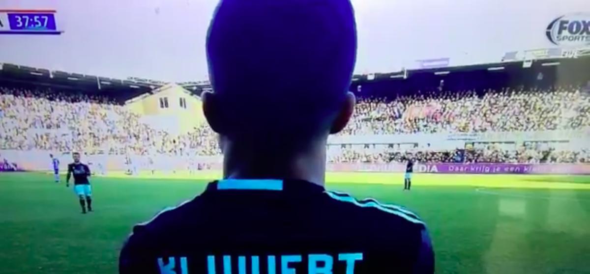 Zoon Ajax-legende maakt Eredivisie-debuut