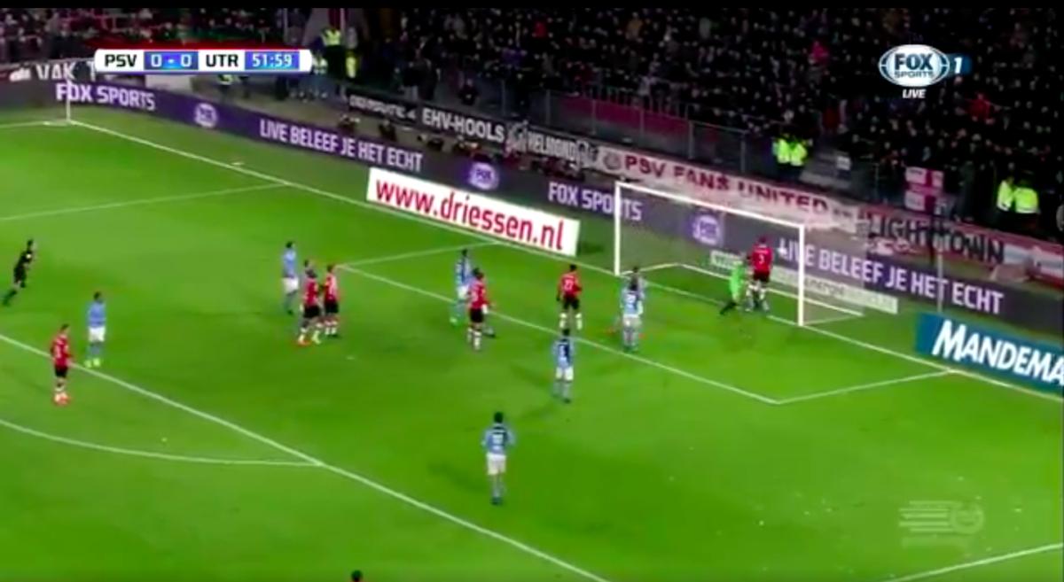 De Jong zet PSV op voorsprong