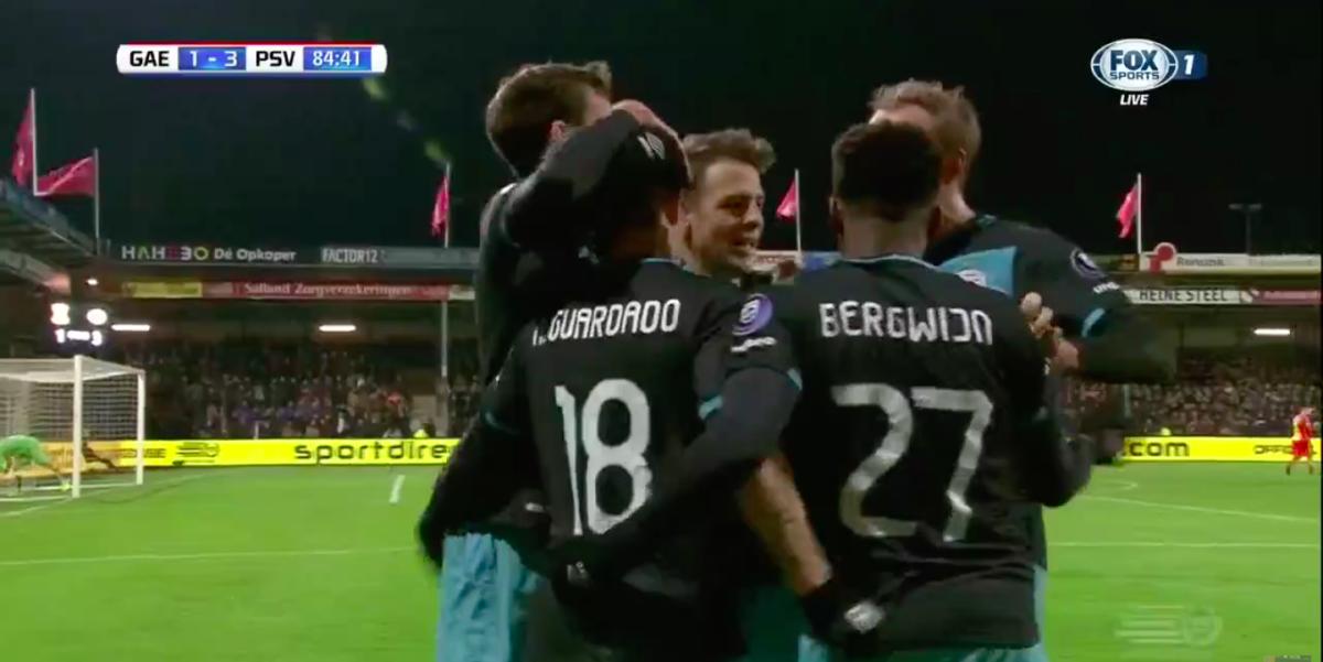 PSV-middenvelder beslist duel