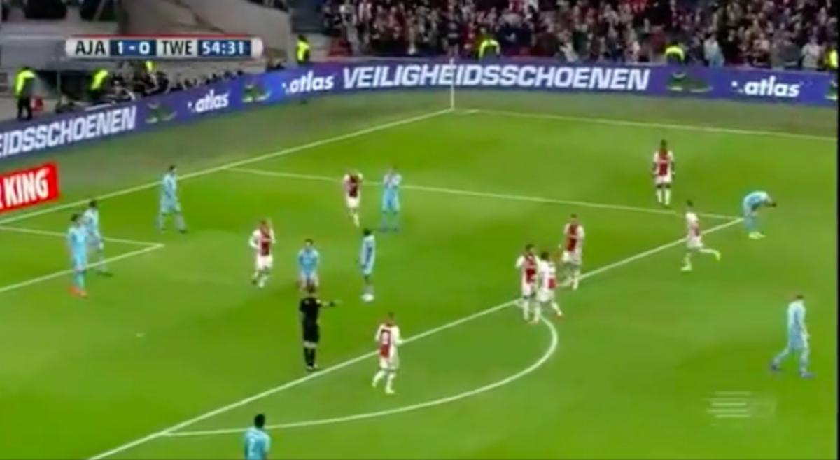 Younes verschalkt Twente-doelman