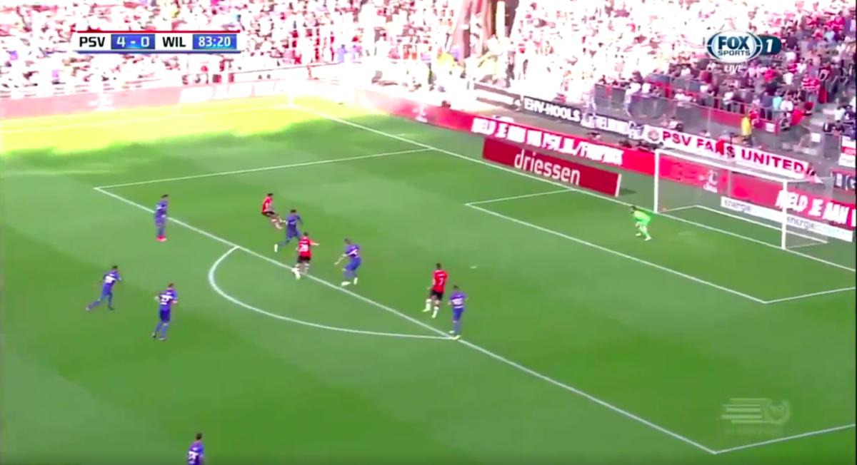 PSV-middenvelder scoort opnieuw