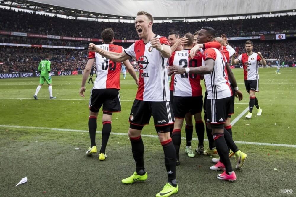 Topspitsen in Eredivisie dragen Knap'man