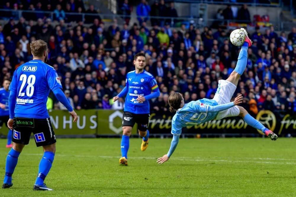 'Ajax geïnteresseerd in aanvaller van Zweedse topclub'