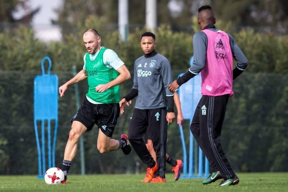 'Duitse degradant aast op Ajax-verdediger'