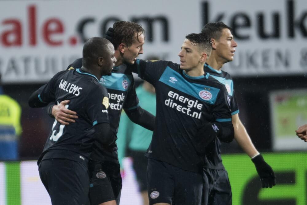 'PSV-back op lijstje Galatasaray'