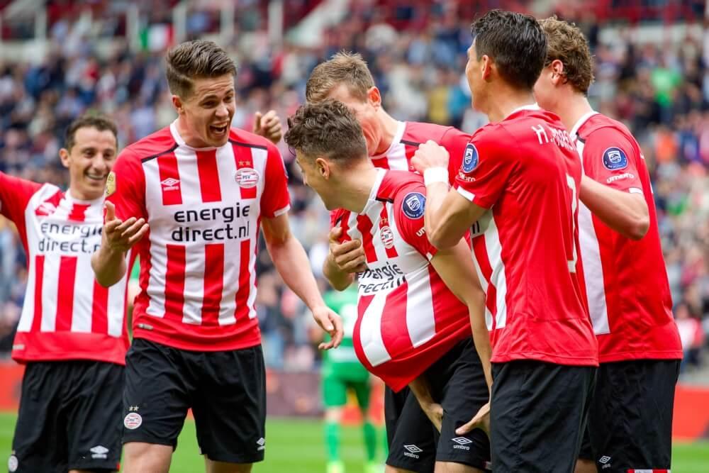 """PSV presenteert nieuw thuisshirt: """"Fris, eigentijds en uniek"""""""