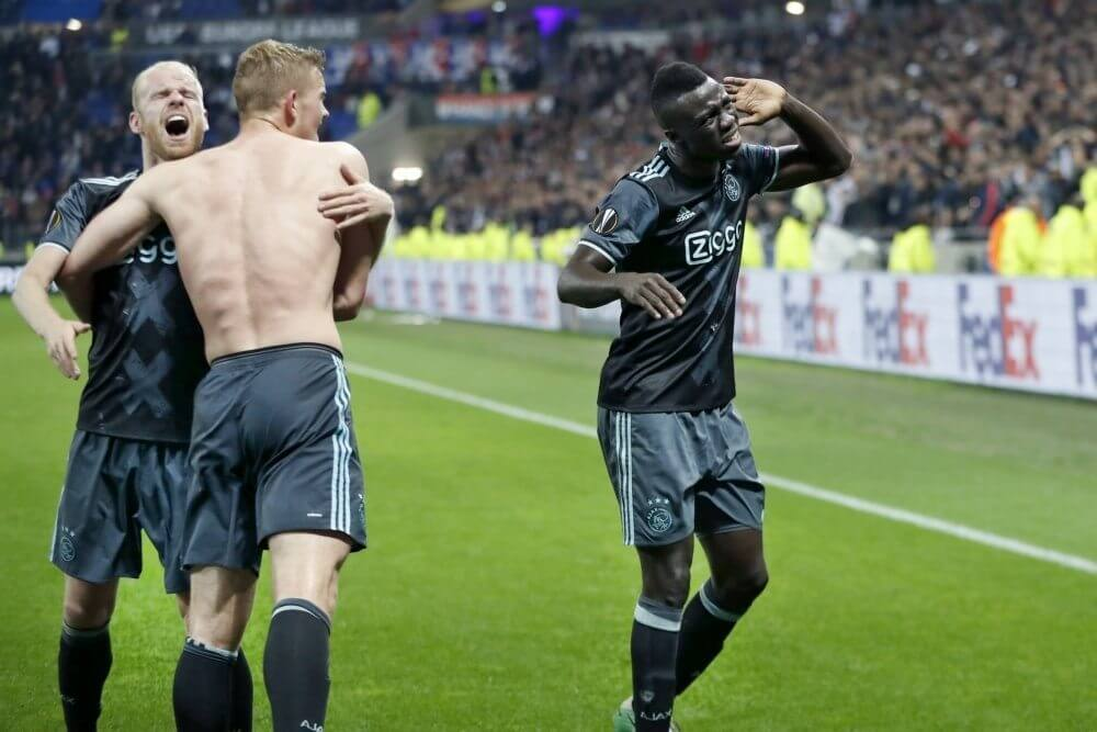 'Ajax en Tottenham akkoord over recordtransfer'
