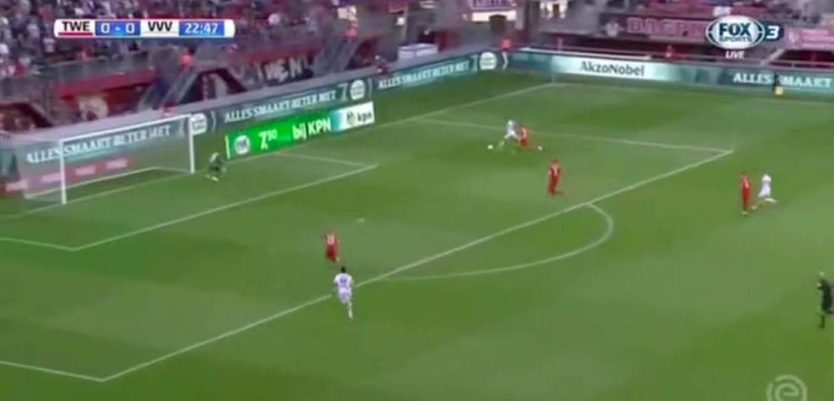 Van Crooij schiet prachtig raak tegen Twente
