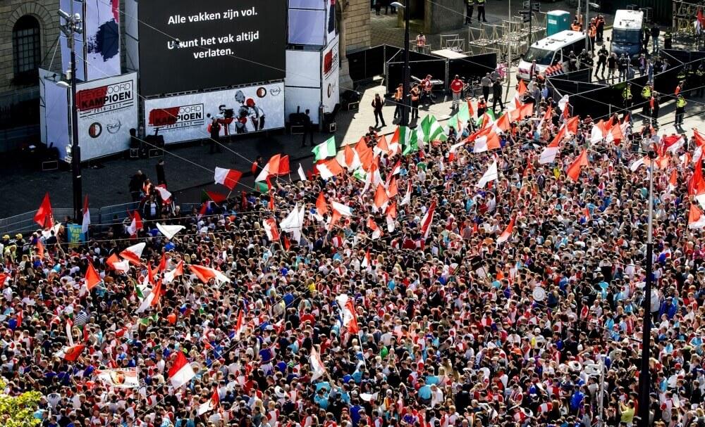 Definitief geen kaarten Feyenoordfans voor uitduel met Napoli