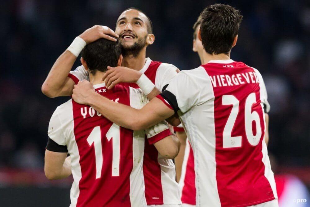 Ajax verslaat Sparta met grote cijfers