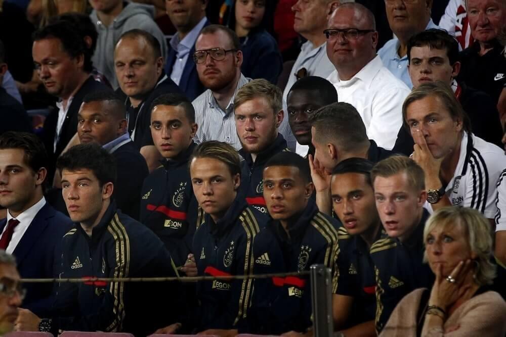 Ernstige waarschuwing voor Ajax-trainer na incident