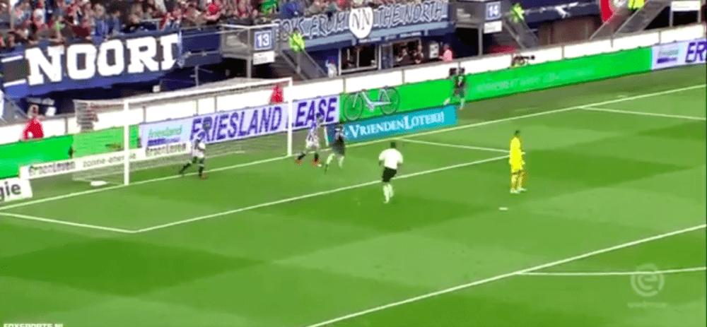 Neres zet Ajax op voorsprong in Friesland
