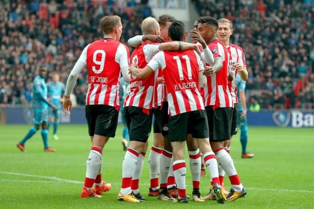 PSV verstevigt koppositie na overwinning op Heracles