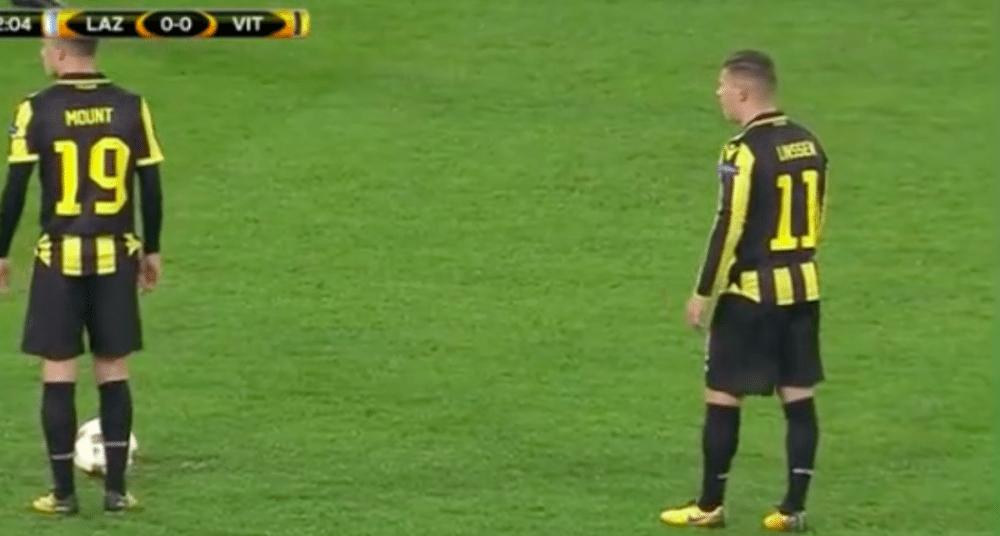 Linssen schiet Vitesse op voorsprong met fraaie vrije trap