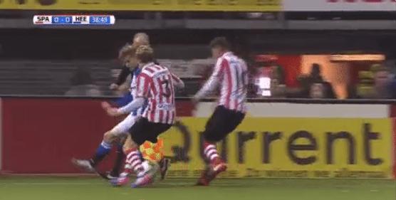 Ødegaard heeft heerlijke actie in huis: twee Spartanen het bos in gestuurd