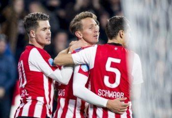 Spektakelstuk in Eindhoven: PSV ontsnapt tegen Twente