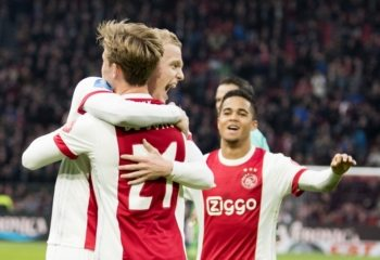 'Vijf internationale topclubs jagen op Ajax-middenvelder'