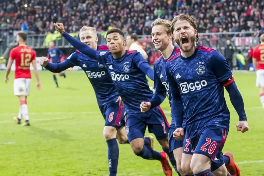 Ajax wint topper op bezoek bij AZ