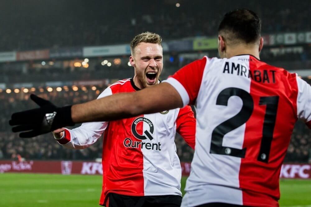 Feyenoord boekt nipte zege op Vitesse