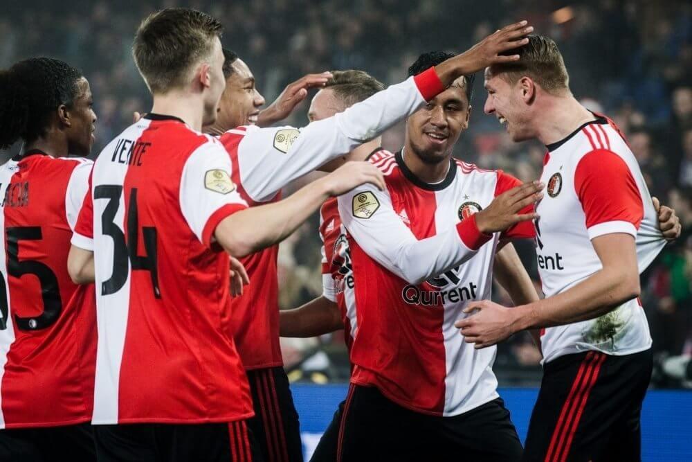 Feyenoord meldt zich bij laatste acht in KNVB Beker