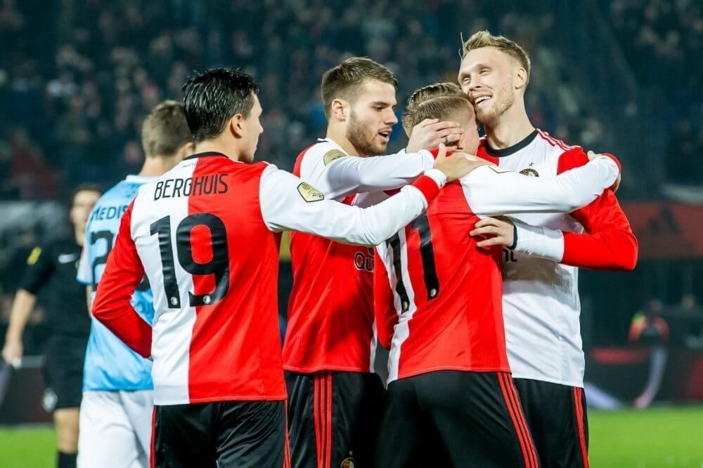 Feyenoord sluit kampioensjaar af met ruime overwinning