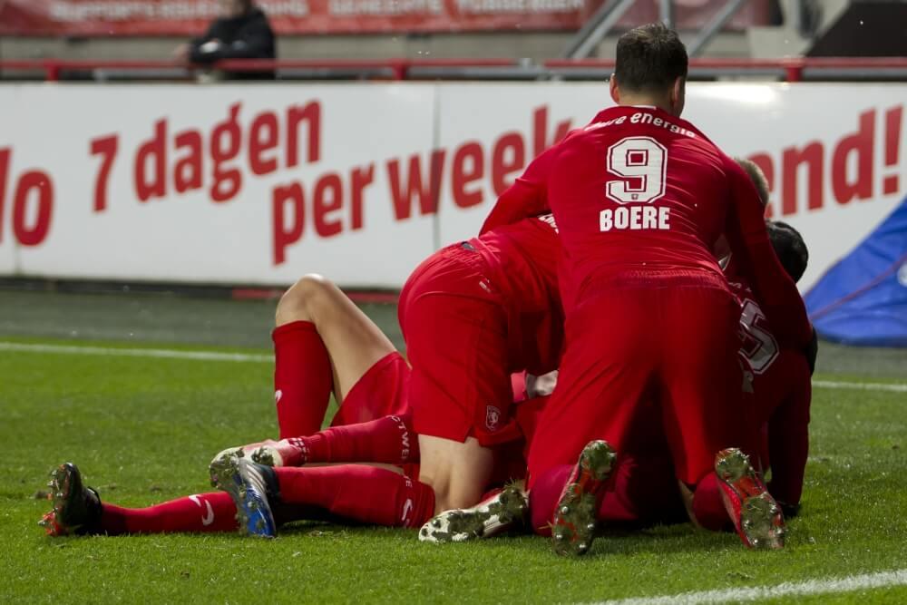 Twente toont veerkracht en pakt punt tegen Ajax