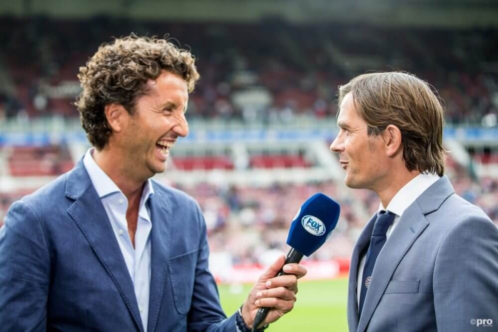 Van Gangelen glundert als Ajax punten verspeelt