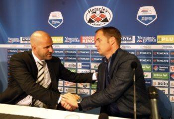 Voormalig trainer Ajax nog niet gepolst voor terugkeer