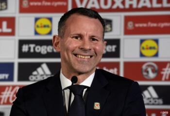 """Familie Giggs slacht bondscoach: """"Welshe team moet zijn vrouwen opsluiten"""""""