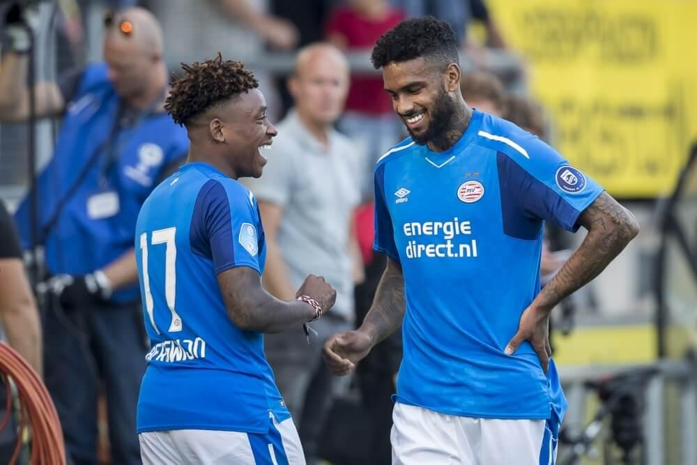 'PSV casht miljoenen en ziet spits vertrekken naar Engeland'