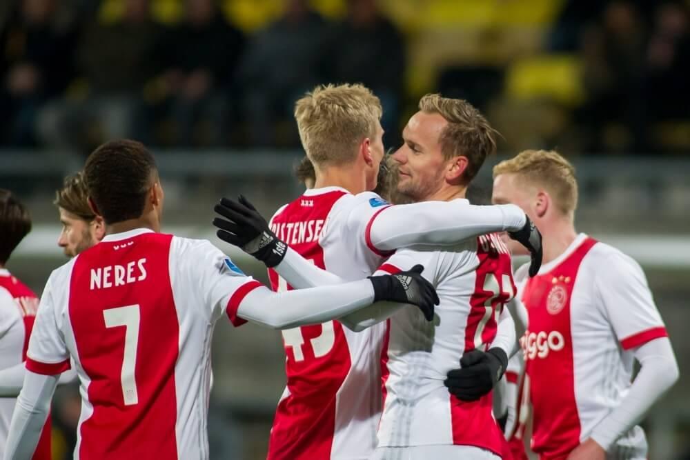 Ajax maakt in Kerkrade vroege achterstand goed