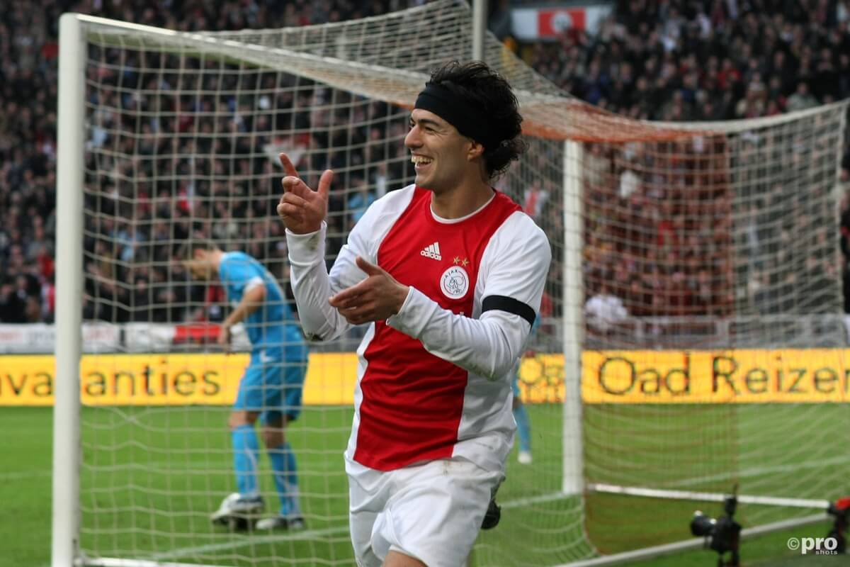 Luis Suarez siert gevel van PSV-stadion