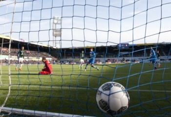 Feyenoord pakt drie punten in spectaculair duel
